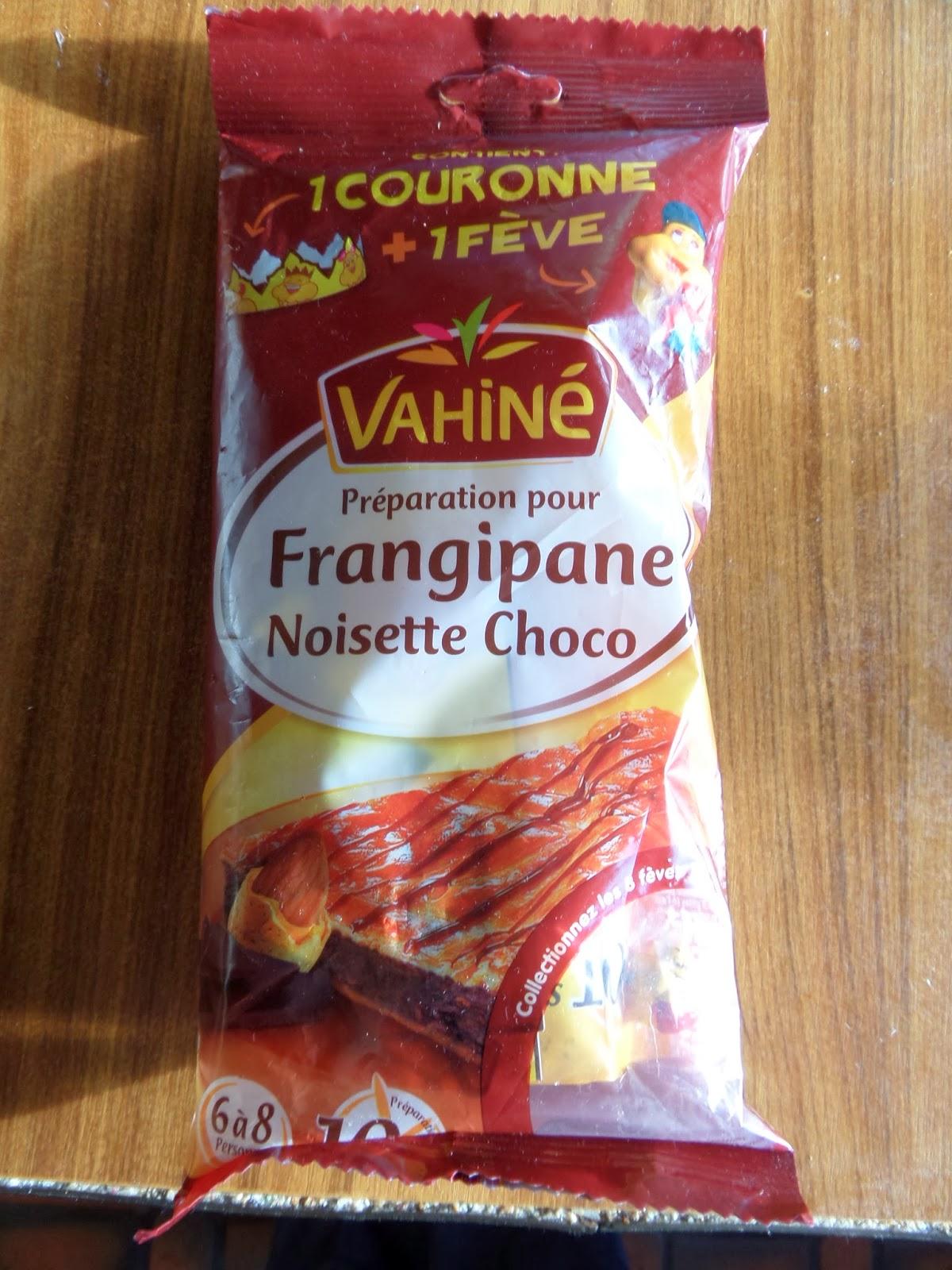 Madhouse family reviews making a french galette des rois for Decoration galette des rois frangipane