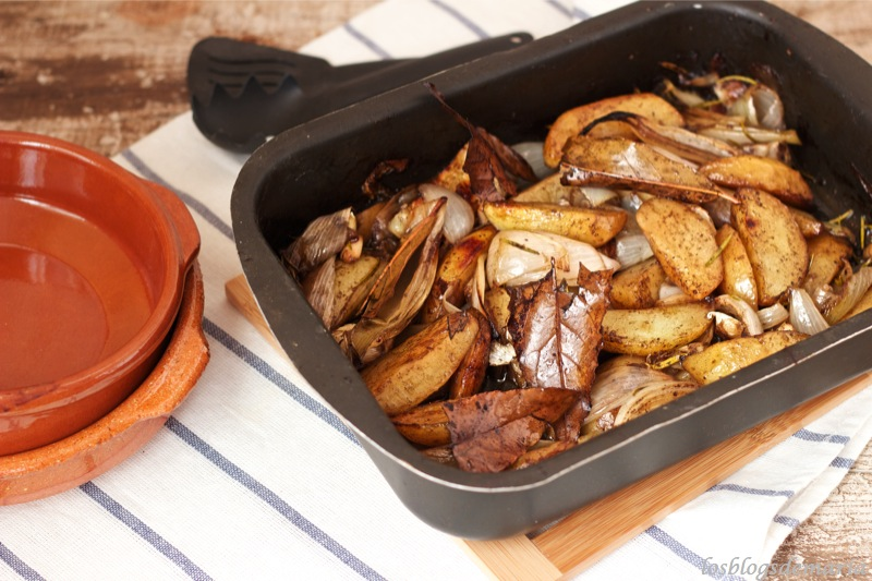 Patatas asadas Jamie Oliver con brochetas Roler