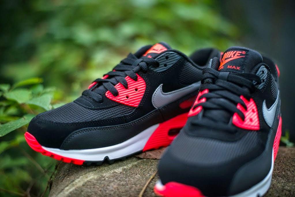 Nike Air Max 90 Essential Black Wolf Grey Atomic Red