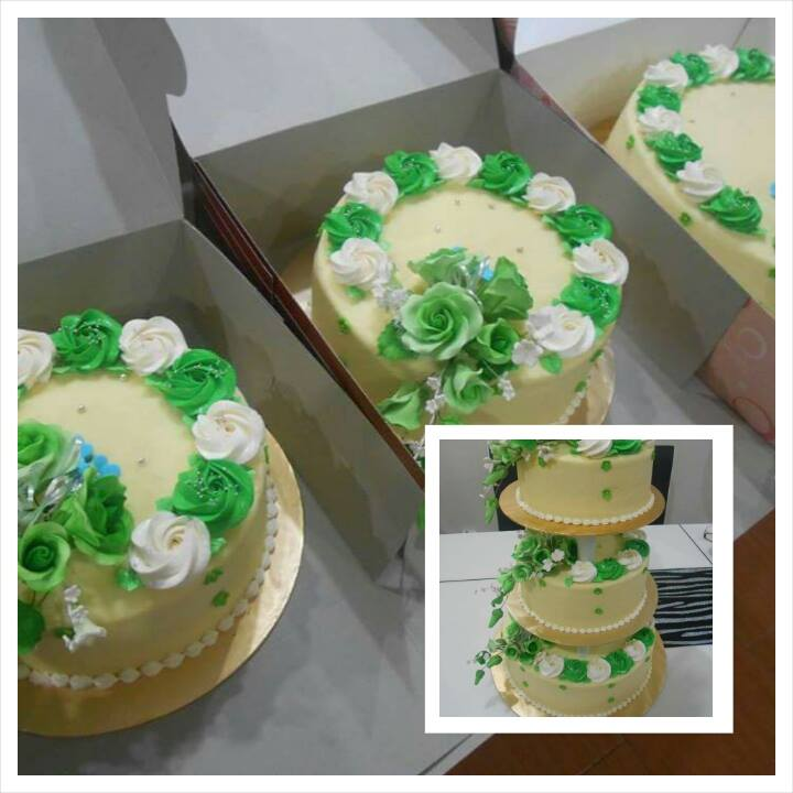 3 TIERS CAKE CHEESECREAM