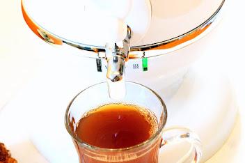 Tee aus dem Samowar
