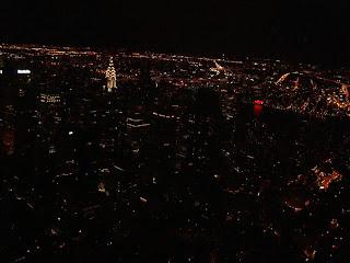 Vista noturna do observatório Empire States Building