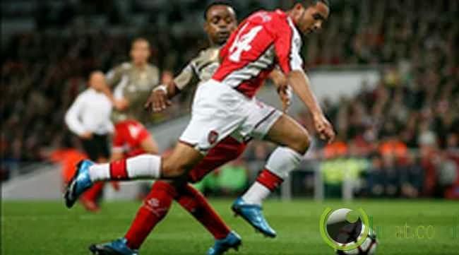 Theo Walcott (Arsenal) : 35,70 km /jam