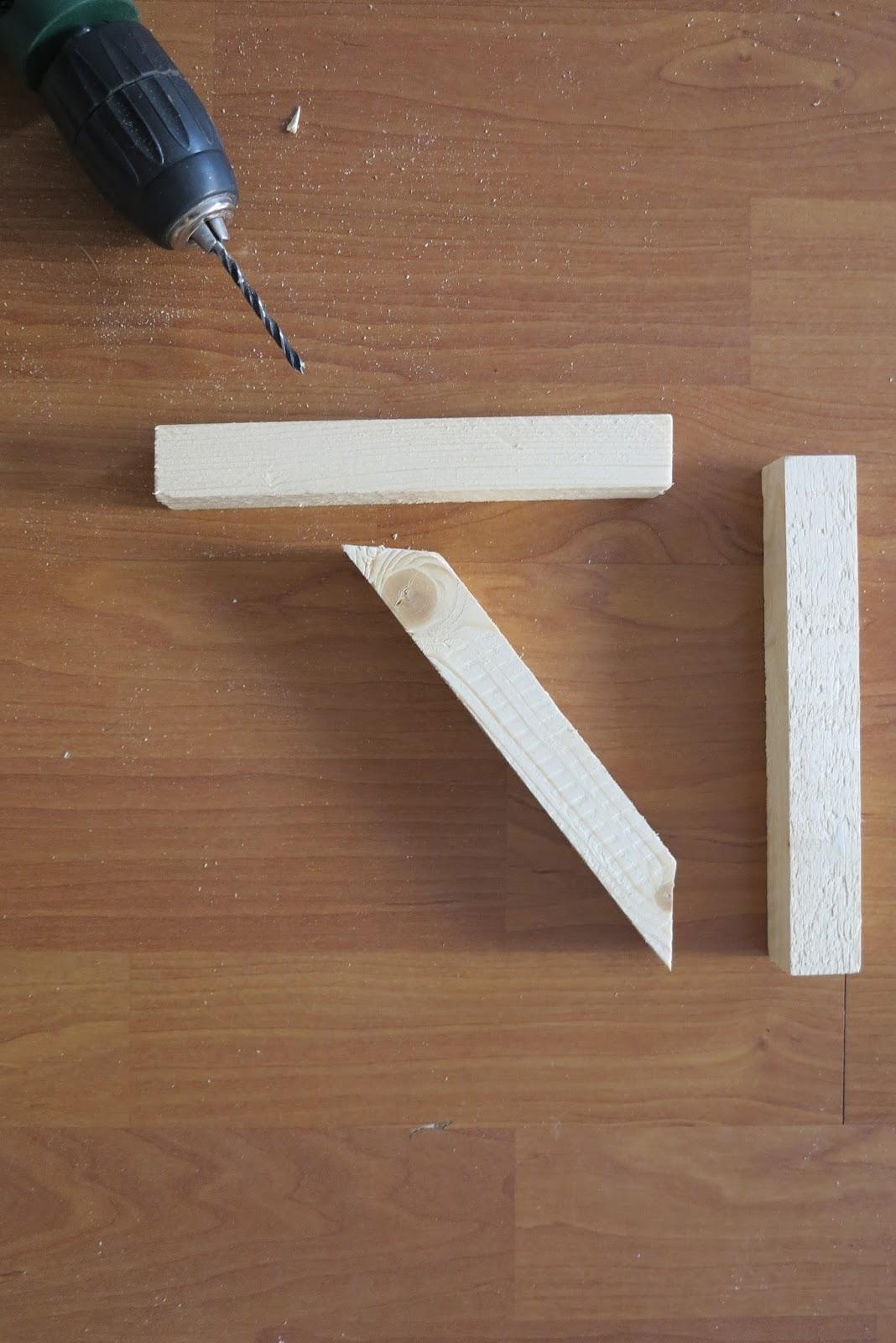 Diy escuadras de madera handbox craft lovers comunidad diy tutoriales diy kits diy - Balda de madera ...