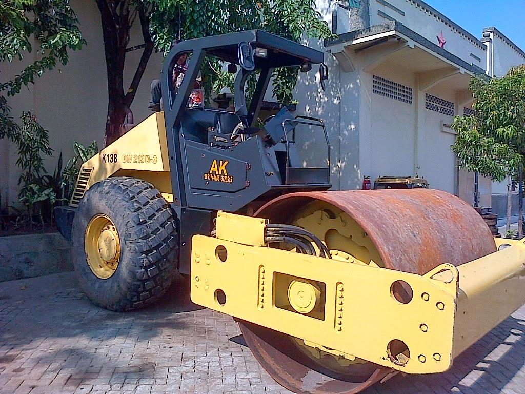 Vibro Bomag    BW       213    D     3    Tahun 2009 SN 101400850886   Toko Alat Berat Surabaya