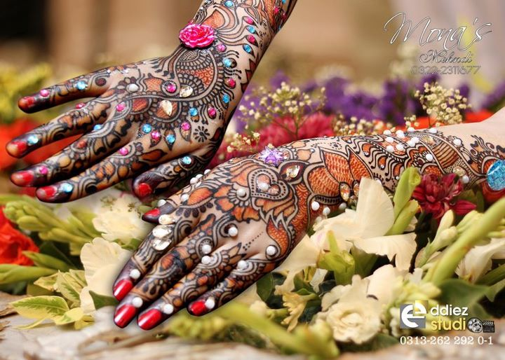 BridalmehndiwwwShe9blogspotcom252852529 - Embroidered Mehndi