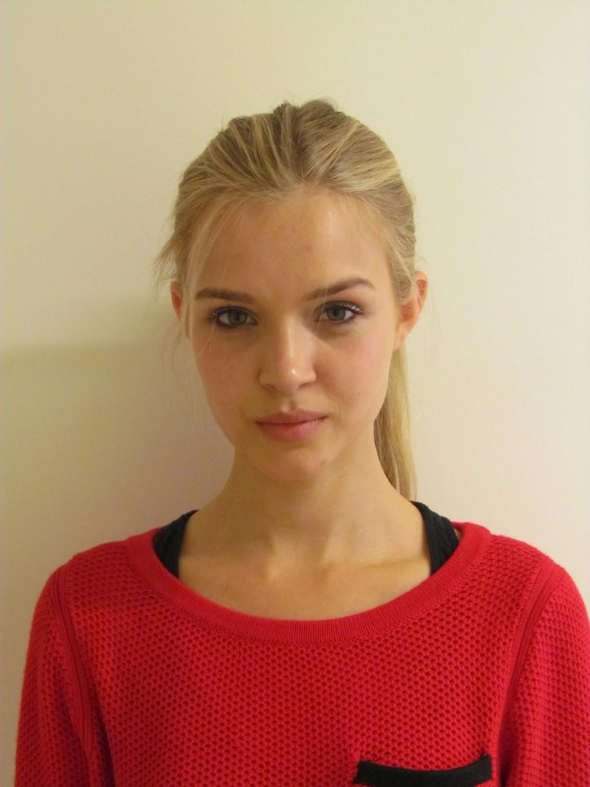 Frida Gustavsson Josephine Skriver2012917