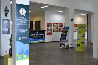 Centro de Informações Turísticas do Soberbo está sendo repaginado, com novos banners de localização, exposições e artesanato