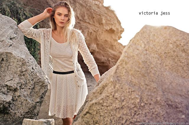 Minifaldas de encaje tendencia de moda primavera verano 2016 Victoria Jess. Moda primavera verano 2016.