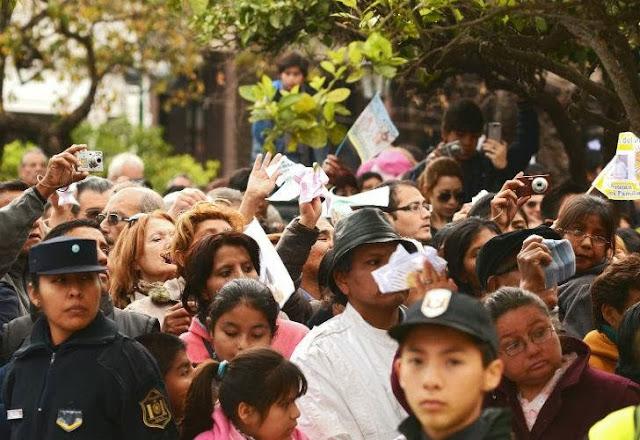 Unas 800 mil personas veneraron a la Virgen del Milagro en Salta 0916_virgen_milagro_g4.jpg_1853027551