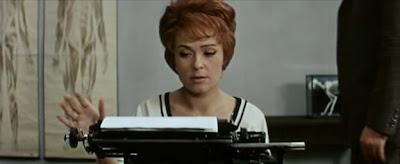 The Cassandra Cat • Az prijde kocour (1963)