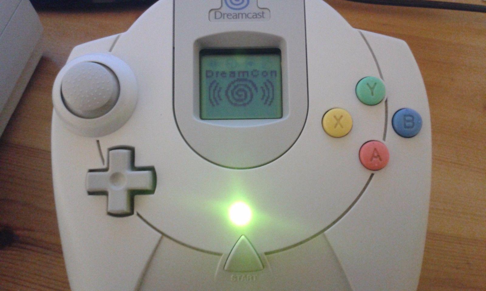The Dreamcast Junkyard: DreamConn Wireless Dreamcast Controller Appears On  eBay