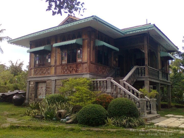 Back trails bahay asinas san pablo city laguna for Classic house design philippines