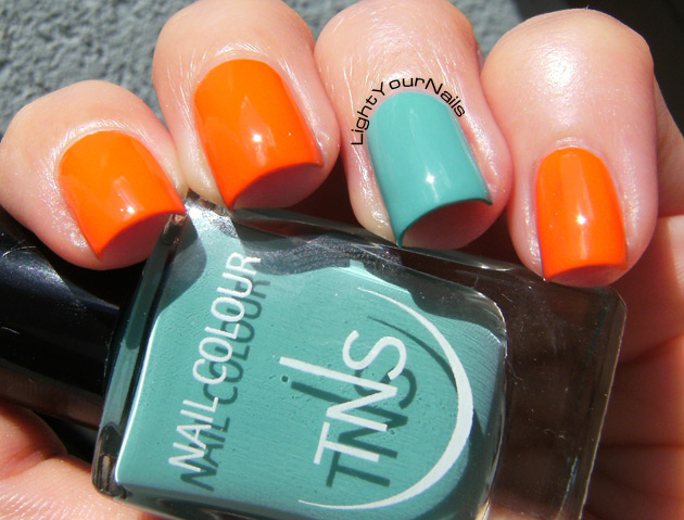 TNS Accent Manicure: Life in Colour + That's Amore
