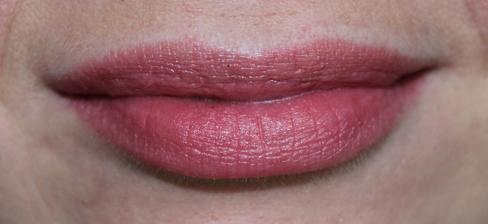 Увлажняющий бальзам для губ арбуз эйвон отзывы 21 фотография