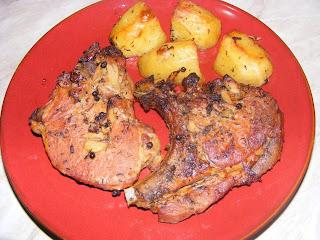 fripturi, friptura din cotlet de porc la cuptor, friptura de pui, retete culinare, retete de mancare, retete cu porc, retete cu carne de porc, retete cu pui, retete cu carne de pui, preparate din porc, preparate din pui,