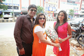 Kiraak Team launches Kaira showroom-thumbnail-8