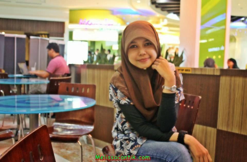 Foto-foto Nasis Suster Cantik Berkerudung Terbaru 2014
