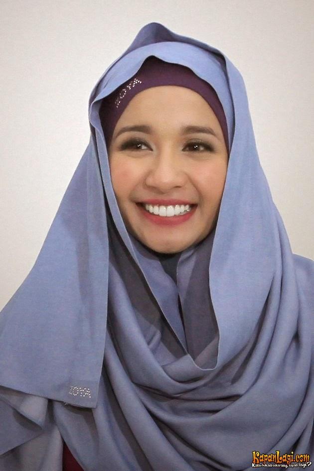 Cara Memakai Jilbab Ala Laudya Cynthia Bella Simple - Cara