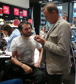 Konstantinos Mitrovgenis and Freddy Kalobratsos discussing the makeup