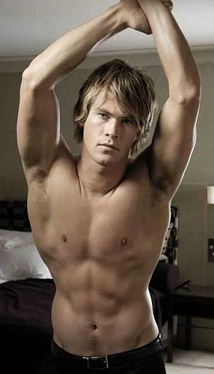 About Chris Hemsworth: Chris Hemsworth Body