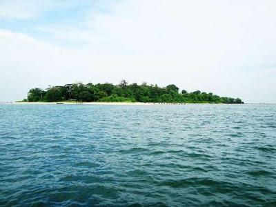 Pulau Panjang yang eksotis