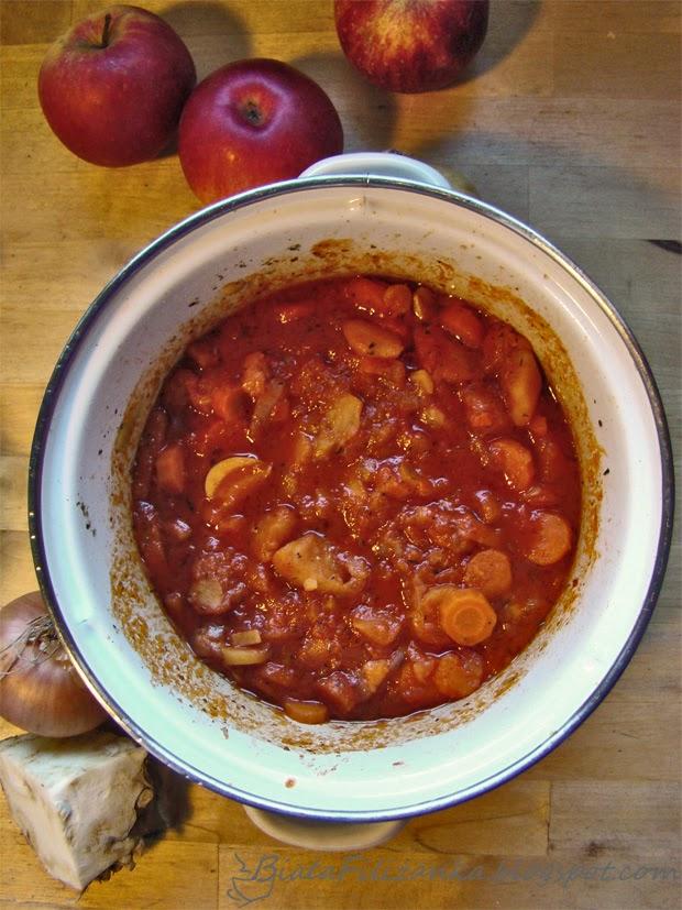 Jak zrobić wegański sos do spagetti ?