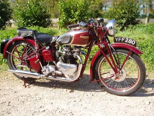 Triumph Speed Twin Collectibles Coach