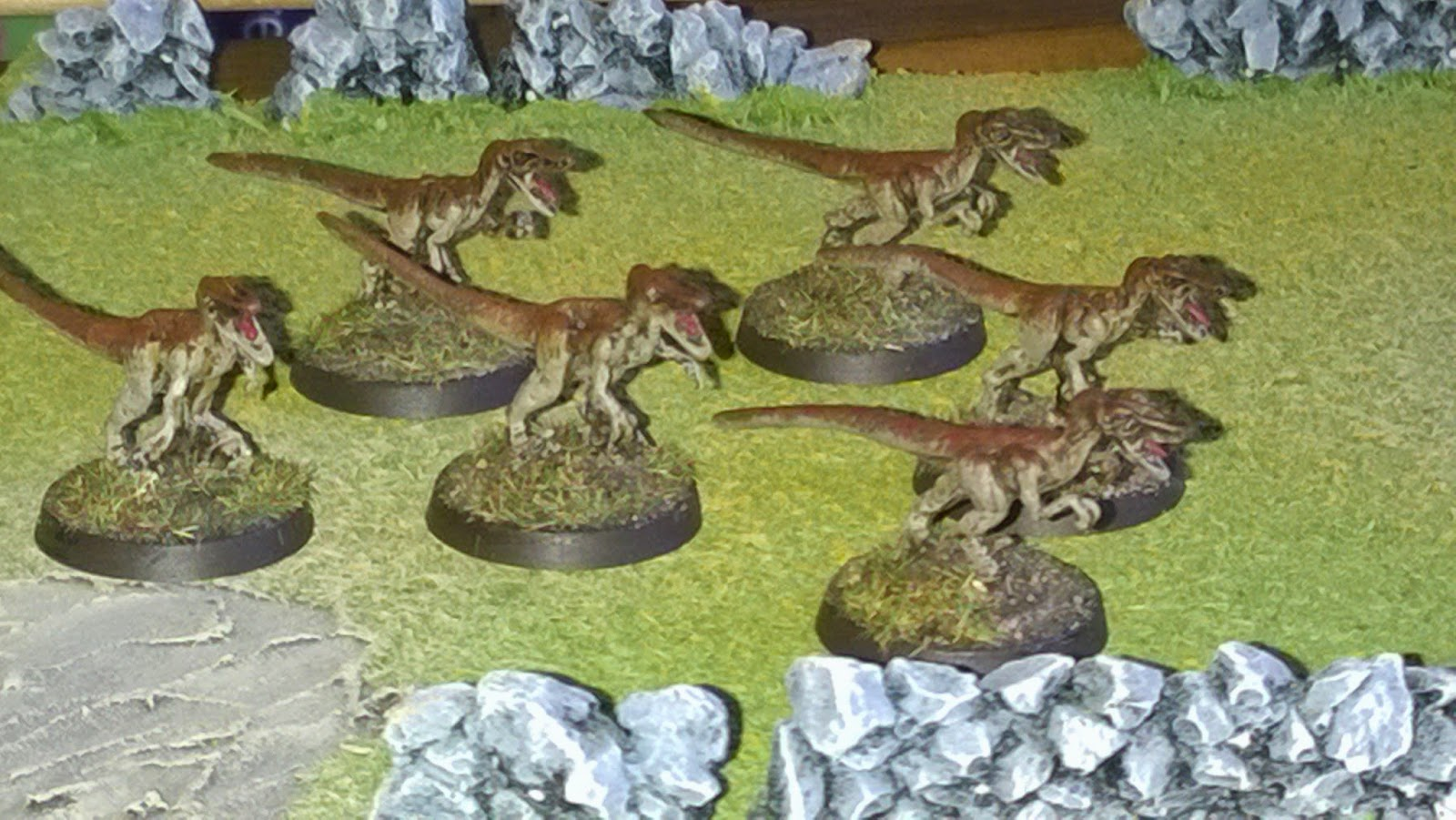 28mm hlbs velociraptor dinosaur