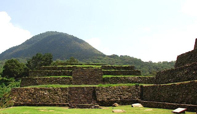 Zona Arqueológica Los Alzati - Michoacán