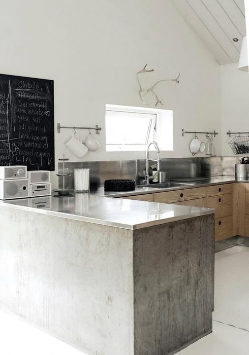 aunque slo he encontrado imgenes de cocinas en gris el cemento queda en verde rojo naranja te gusta la idea