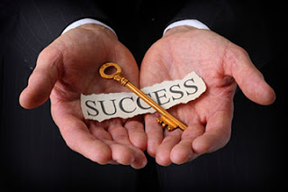 تسويق-الكتروني-للمنتجات-والخدمات-سر-نجاحك-أنت