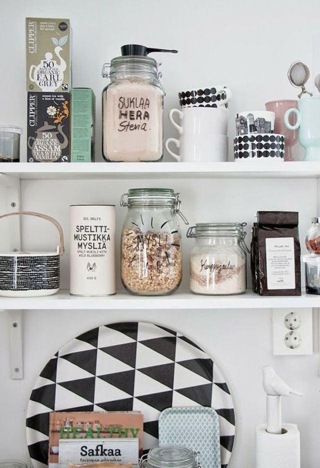 estanteria ikea estanterias para cuadros estantes a la vista en la cocina