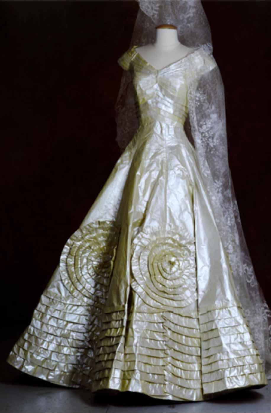 Rebecca Louise Taylor Textile Surface Designs Isabelle Borchgrave