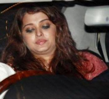 Aishwarya+Rai+became+Fat+after+Delivery.JPG