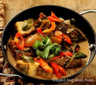 Resep Masak Ikan Tongkol Asap Kuah Santan Pedas