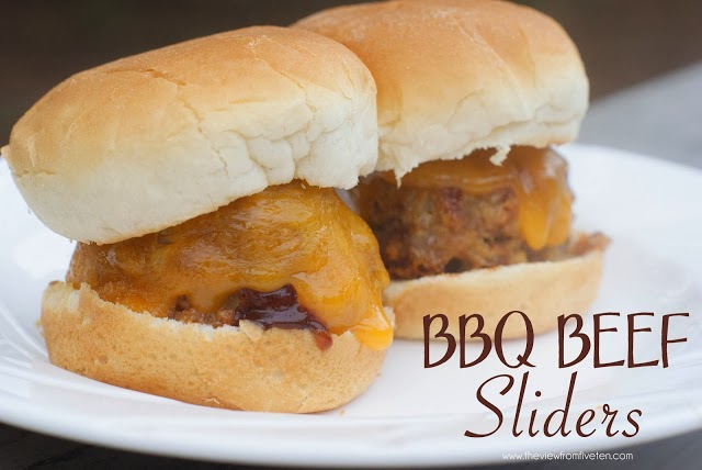 BBQ Beef Sliders // The View From 510