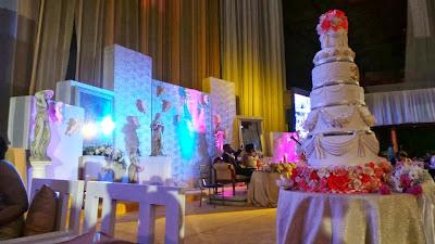 Political Godfather Of Anambra State Chris Uba Gives Out - Godfather Wedding Cake
