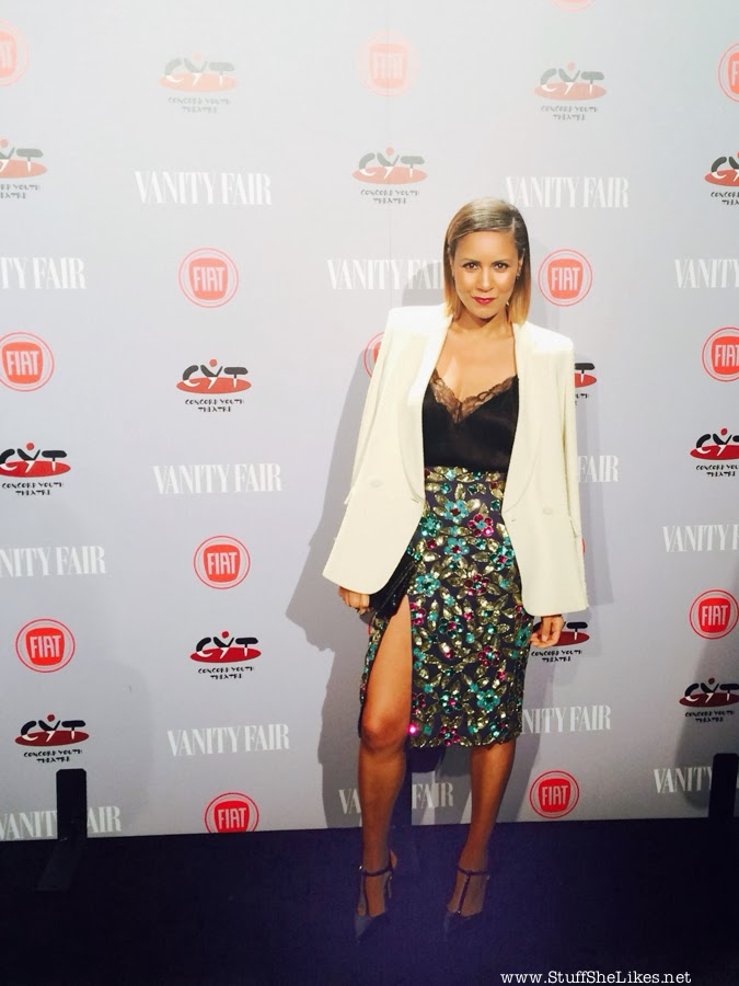 american hustle party, oscars, taye hansberry, actress, blogger, black blogger, ethnic blogger, white dress, fashion blog, Top Fashion Blog, Best fashion blog, short hair, short hair black girl, blonde hair, Vanity Fair young hollywood, Vanity Fair Party
