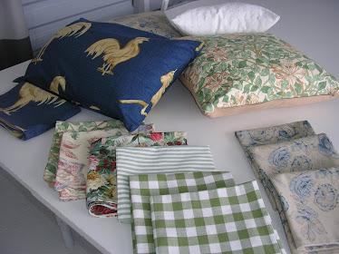 Keväisiä tyynynpäällisiä...