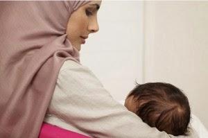 Tips Ibu Menyusui Ketika Berpuasa Amankah