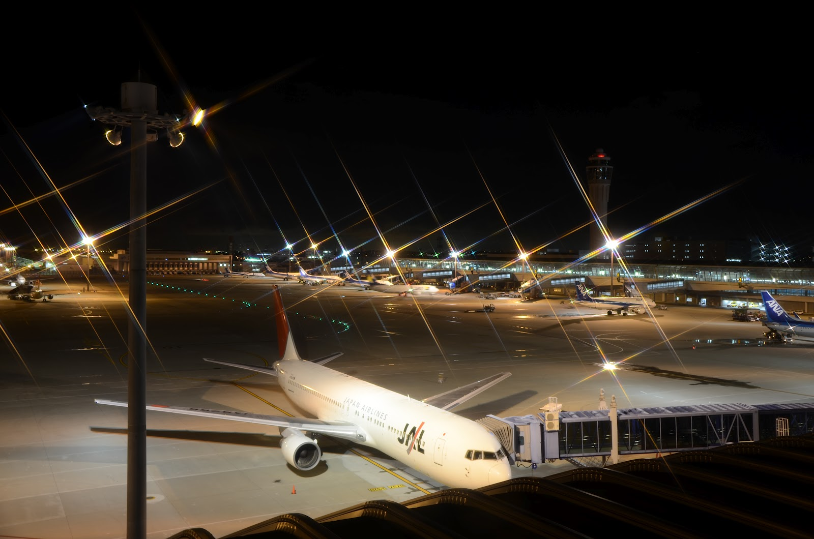 Aeroporto Nagoya : Paixão pela aviação fotos noturnas no aeroporto centrair