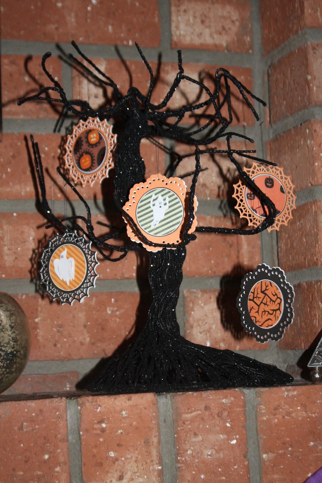 Sara vs. Sarah: Halloween Tree Ornaments (DIY)