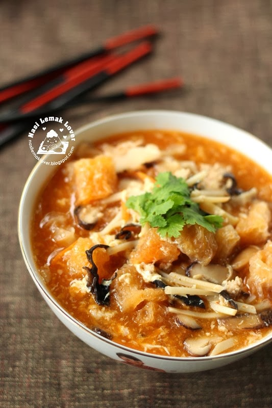 Nasi lemak lover spicy and sour fish maw soup foochow for Spicy fish soup