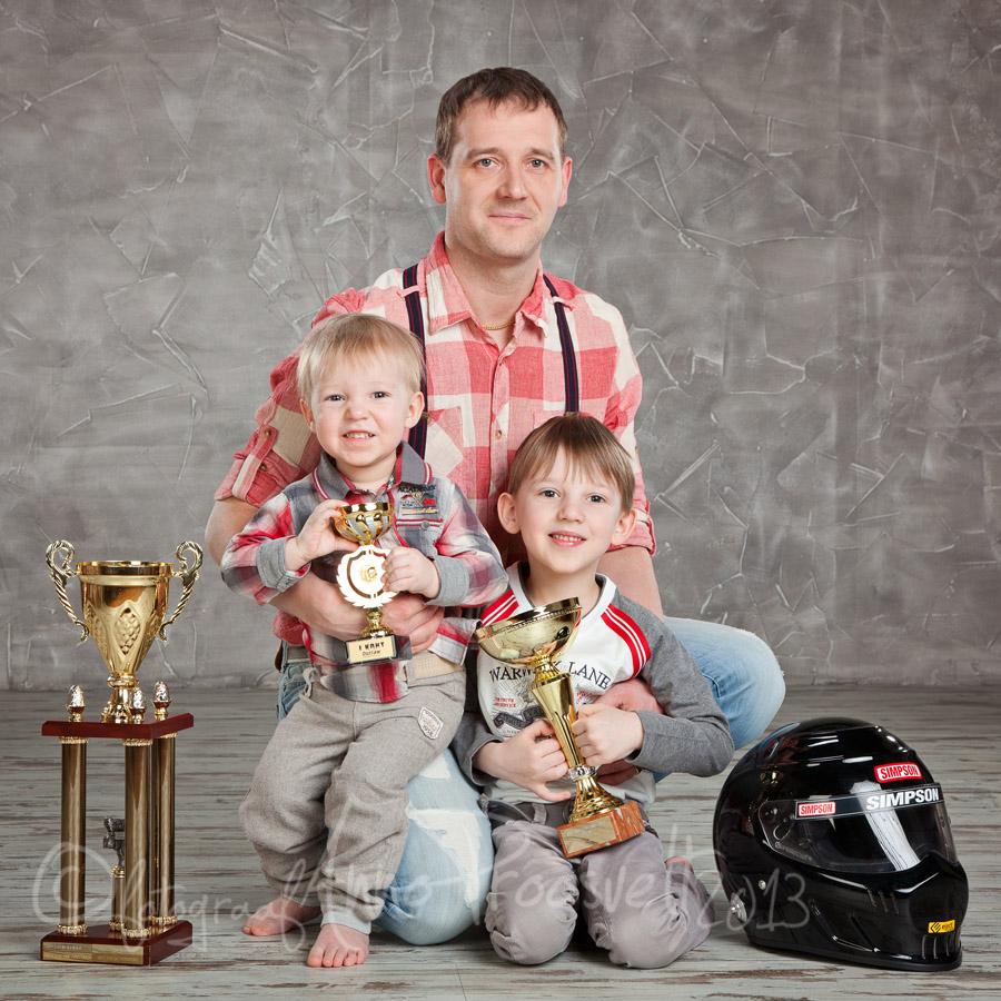 isa ja pojad fotostuudios