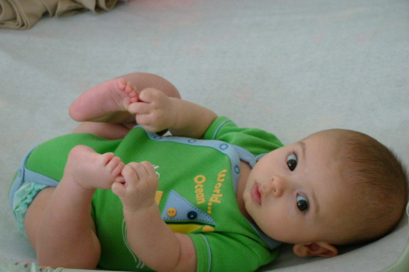 Cheiro de m e desenvolvimento do beb 4 a 6 meses - Bebes de tres meses ...