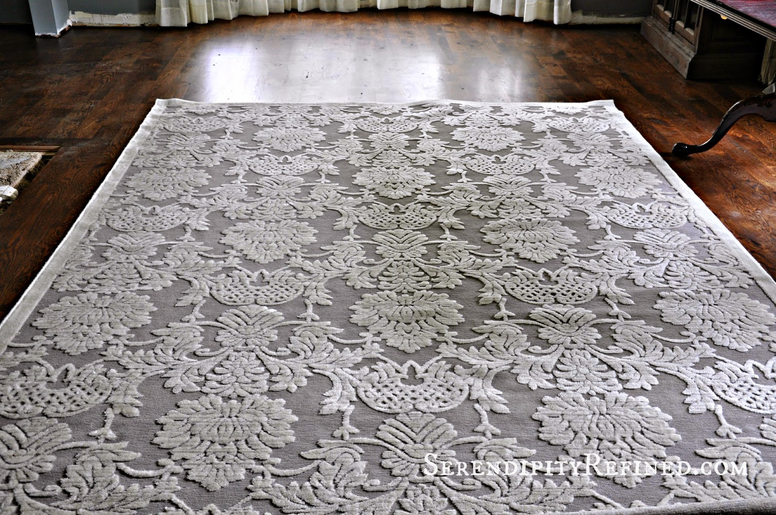 Serendipity refined blog gray and ivory dining room area rug for Dining room rugs