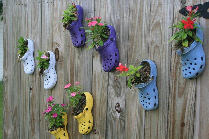 Interesting ideas for decor: Оригинальная идея. Как использовать старую обувь. The original idea . How to use old shoes