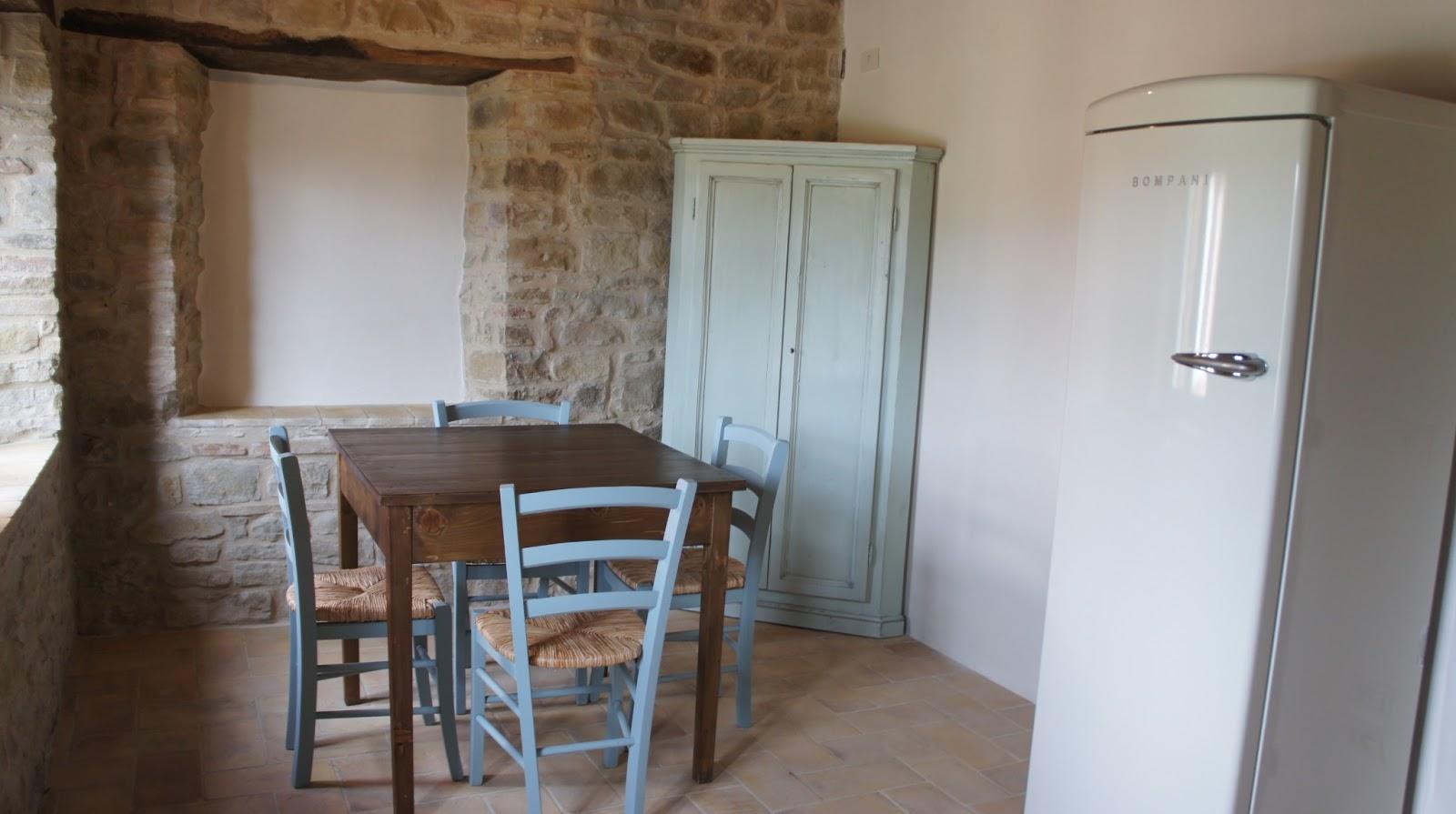Fattoria Fontegeloni: I nuovi appartamenti/New apartments alla Fattoria! La Rondine