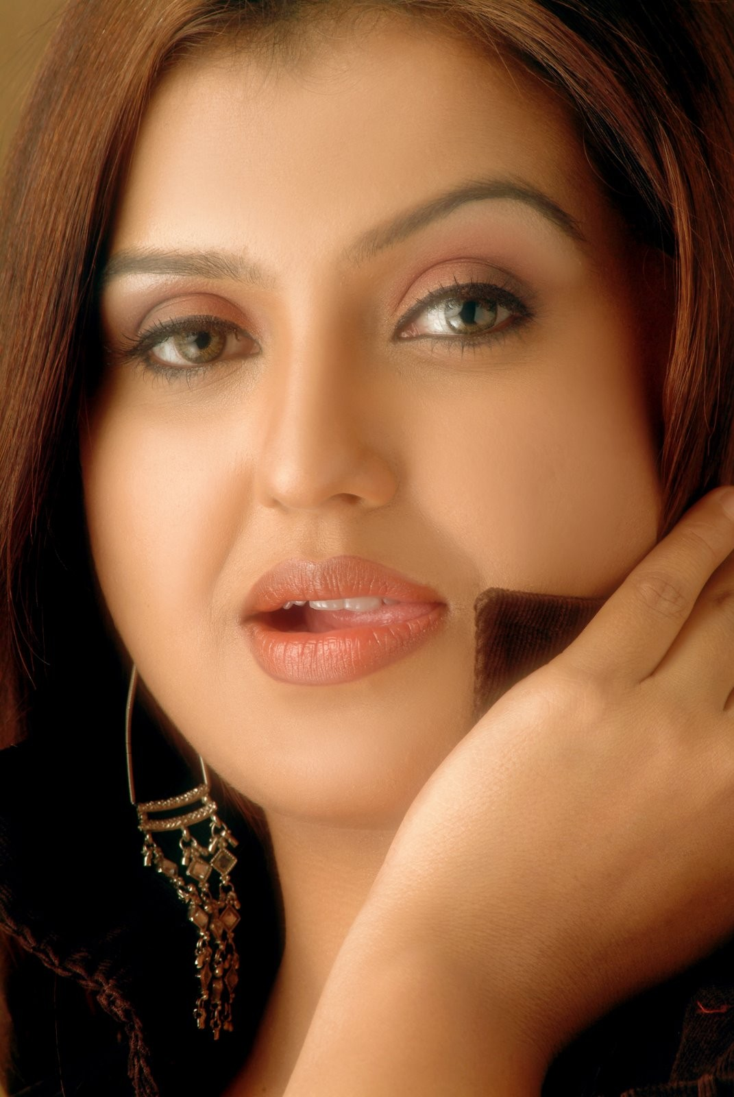 http://1.bp.blogspot.com/-DrawF_iwFdA/TiH7TxcP62I/AAAAAAAALcE/MwOe1eEyXBw/s1600/Tamil-masala-Actress-Sona-Heiden-Pos-0024.jpg?sona-|sona--poshoot